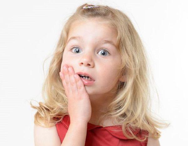 Зубная боль - первый признак кариеса у детей
