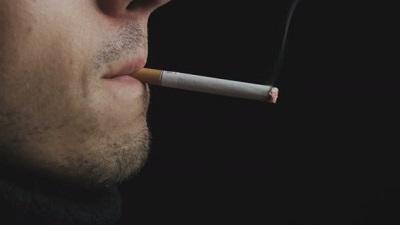 Курите утром натощак? Еще и с кофе? Прекратите немедленно, это опасно