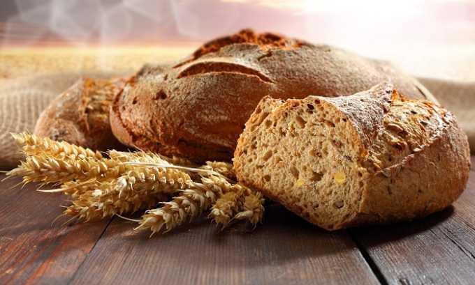Ржаной хлеб тоже подходит для диетического питания, но его также рекомендуют употреблять подсушенным