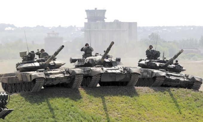 Запрещены для службы также танковые войска