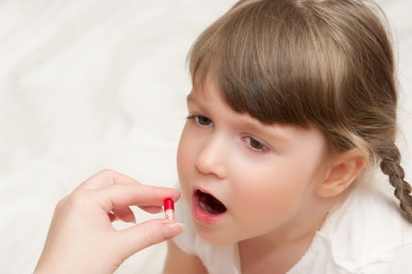 Появилась молочница у ребенка после антибиотиков. Чем лечить?