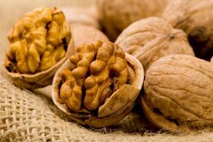 очищение сосудов головного мозга грецким орехом