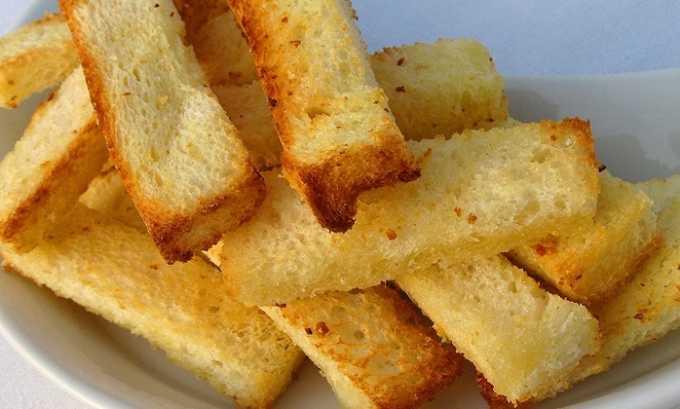 Белый хлеб допускается только в засушенном виде