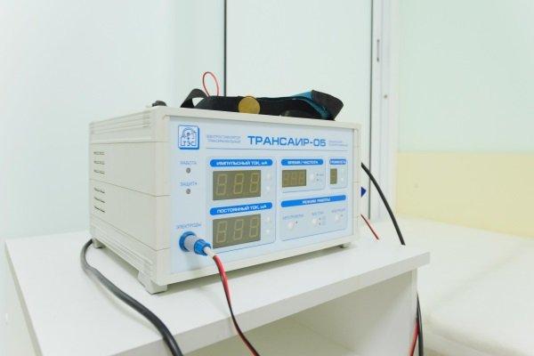 Трансаир-05 генерирует импульсные и постоянные токи