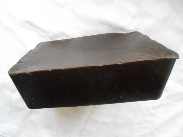 Кусок озокерита