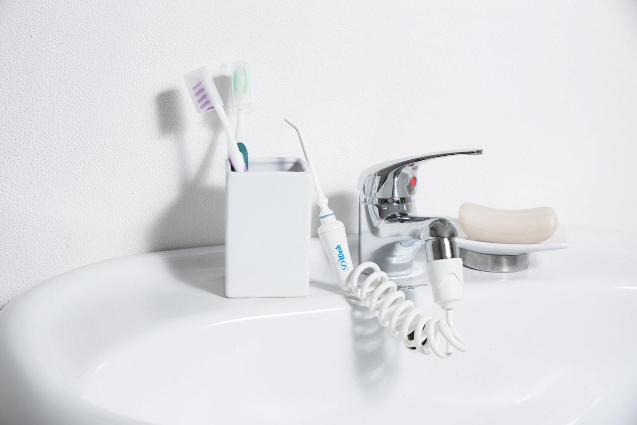Что такое ирригатор для полости рта, и какой лучше выбрать. Обзор 5 моделей