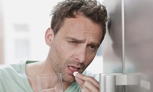 Панкреатит, вызванный психосоматическими причинами, нельзя излечить только с помощью медикаментов. Человеку нужно пересмотреть психологическое состояние, образ мыслей, отношение к жизни