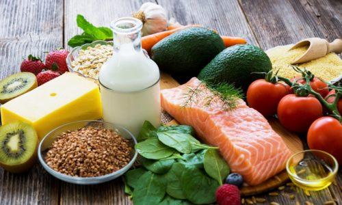 Также больному необходимо получить у доктора информацию о продуктах, которые можно употреблять в острой фазе заболевания и при его ремиссии