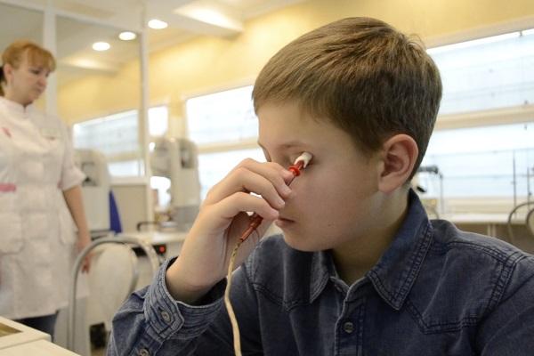Токи при электростимуляции очень слабые, ребенок не ощущает боли