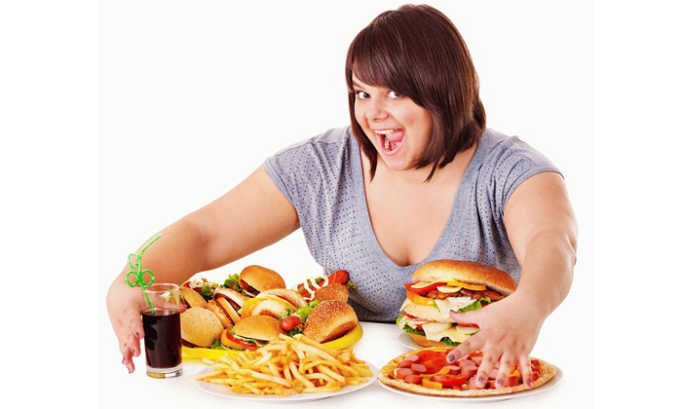 Если совмещать вино с жирной пищей, т. е. хорошо закусывать, то можно снизить его отрицательное влияние на организм