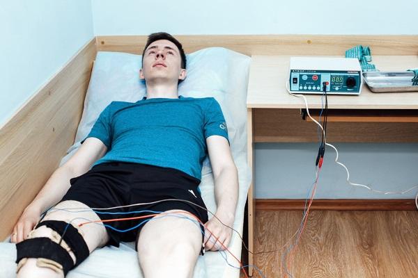 Электрофорез на коленный сустав