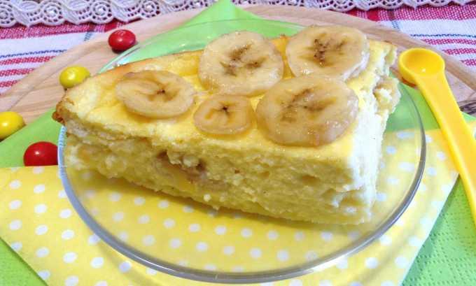 Употребленные в пищу в виде запеканки бананы не нанесут вреда организму при хроническом панкреатите, но при обострении заболевания от них стоит на время отказаться