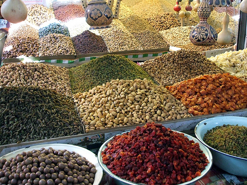 орехи, сухофрукты, зерновые культуры