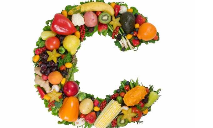 Ярко-оранжевые сухофрукты содержит витамин С, необходимый для выработки панкреатических ферментов
