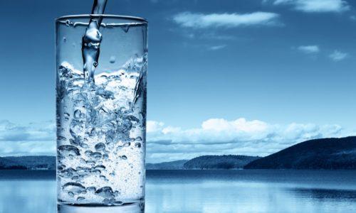 В случае лечебного голодания рекомендуется выпивать около 2 л воды