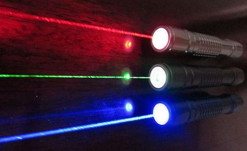 откуда появляется лазерное излучение