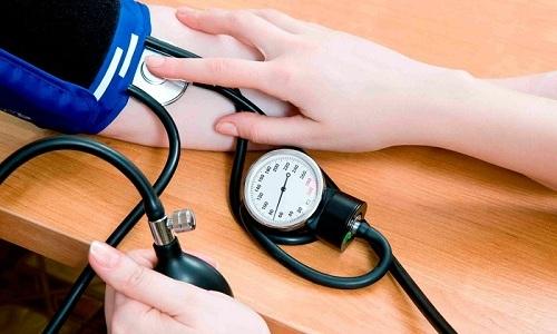 Отсутствие своевременного лечения панкреатита у мужчин вызывает снижение артериального давления