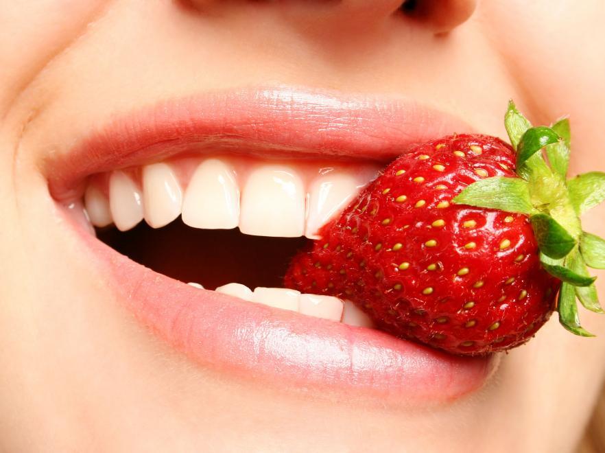 Альтернативные средства ухода чем почистить зубы если нет зубной пасты или щётки