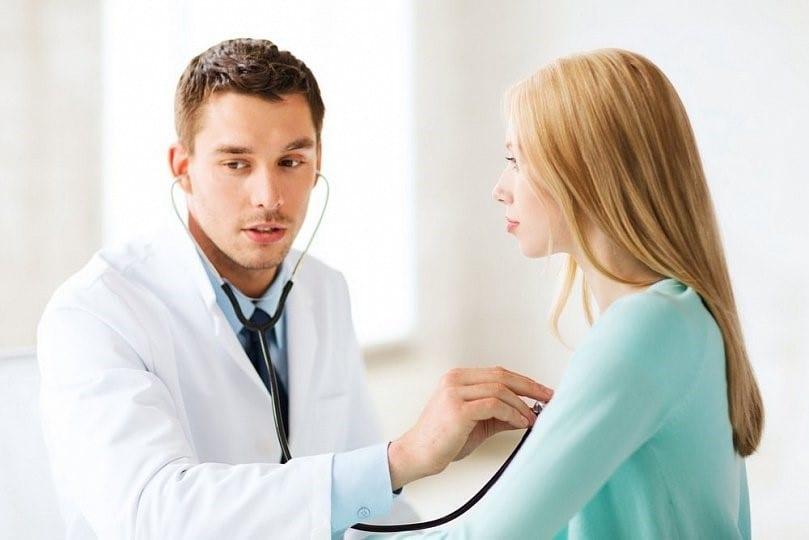 у врача