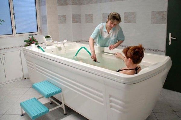 Радоновые ванны с успехом применяются для лечения заболеваний женской половой сферы