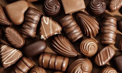 При воспалении поджелудочной железы больному не рекомендуют кушать конфеты