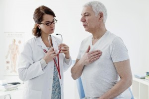 пациент жалуется на сердце врачу