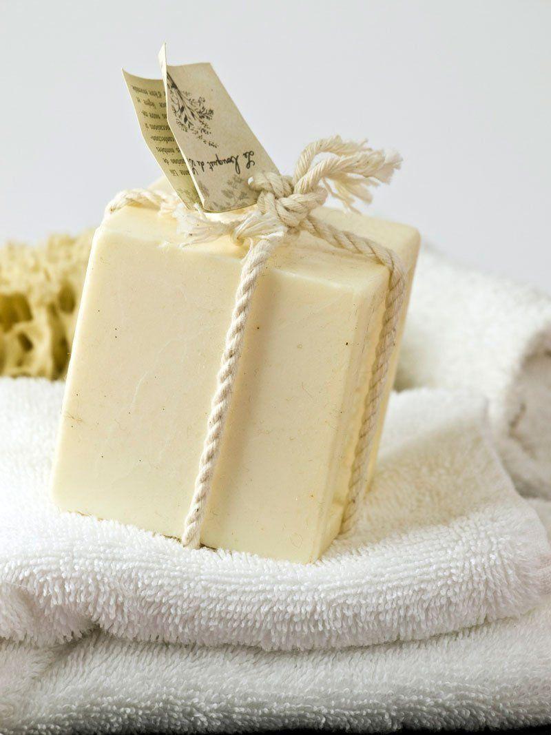 Натуральное мыло для мытья новорожденных