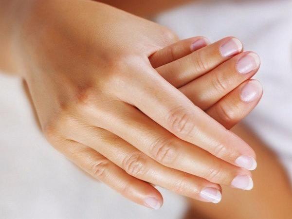 Руки после парафинотерапии
