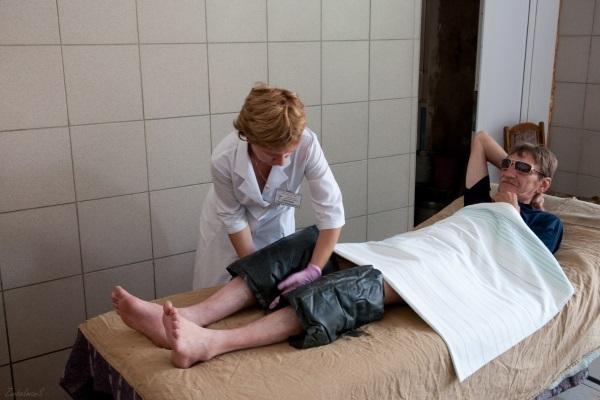 Грязевые компрессы на коленные суставы